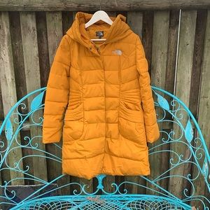 The North Face Long Hooded Puffer coat